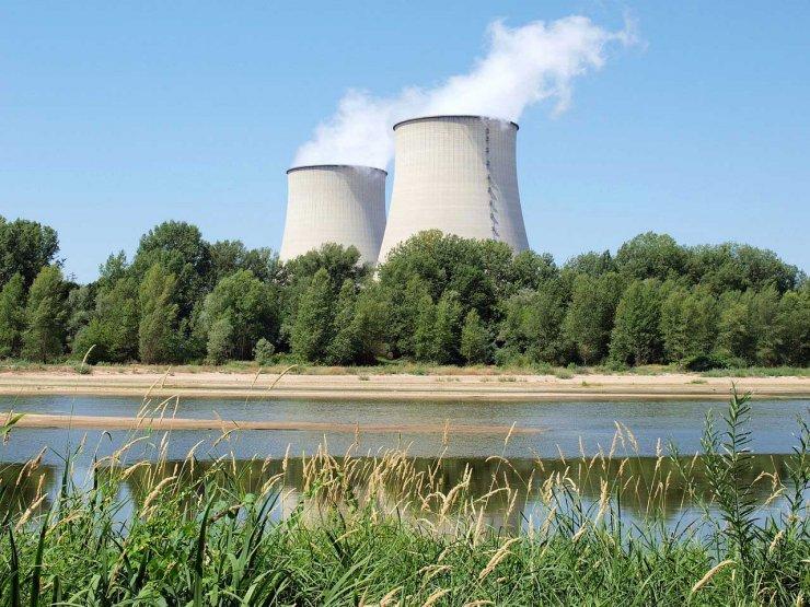 Renationaliser EDF pour lui éviter la faillite
