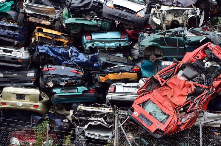 Paris chasse les vieilles voitures
