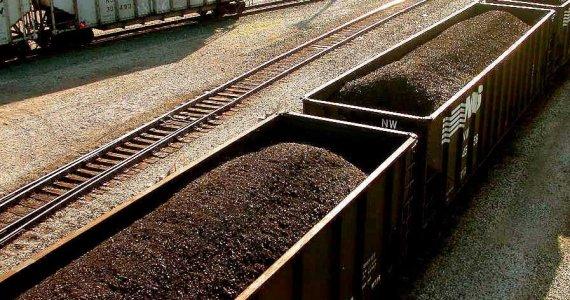 Train Charbon Wikimedia