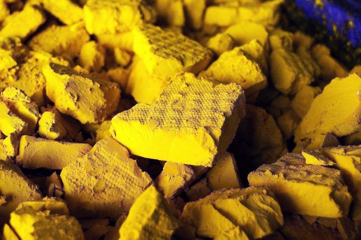 A photo of yellow cake uranium