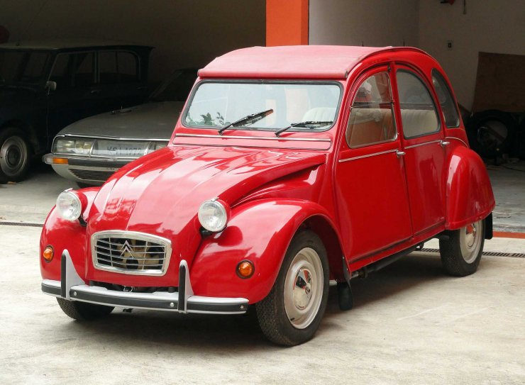 Citroën_2CV_1973 Wikimedia Commons