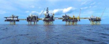 La crise du pétrole russe contaminé prend de l'ampleur