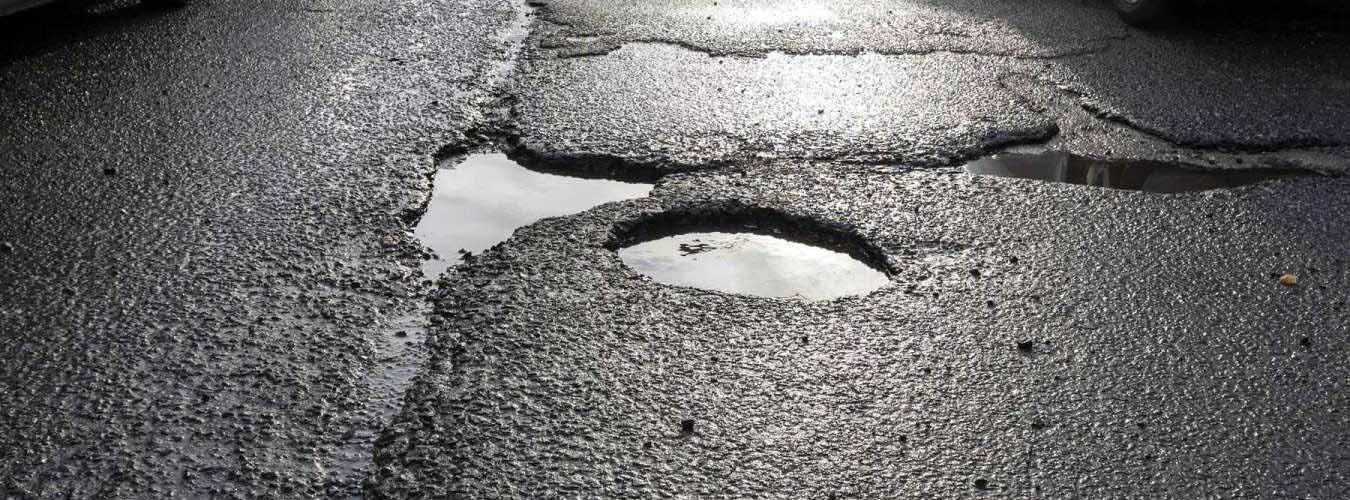 Les routes en mauvais état se traduisent par plus d'émissions de CO2
