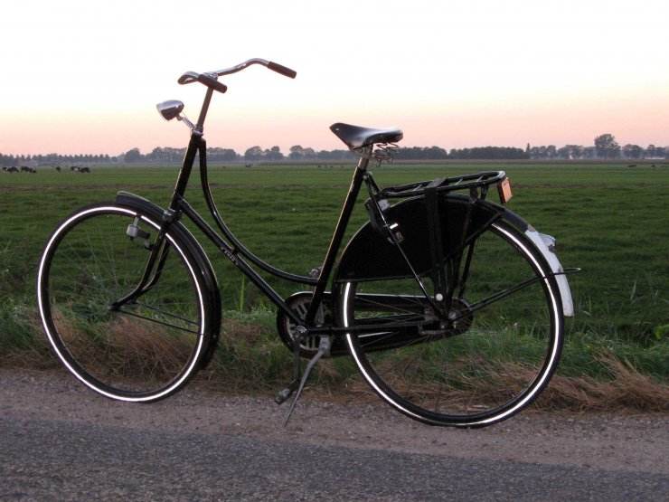 Velo hollandais Wikimedia Commons
