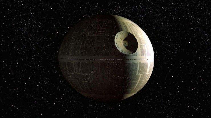 Etoile de la mort (première version) Copyright Star Wars