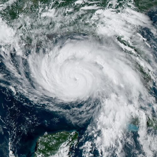 L'ouragan IDA Wikimedia Commons
